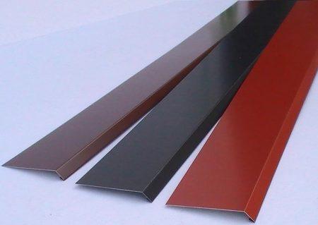 Párkányelem 55-60 cm mélységig  fényes/mat 0,7mm festett acéllemez